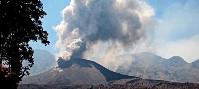 Výbuch sopky na Lomboku